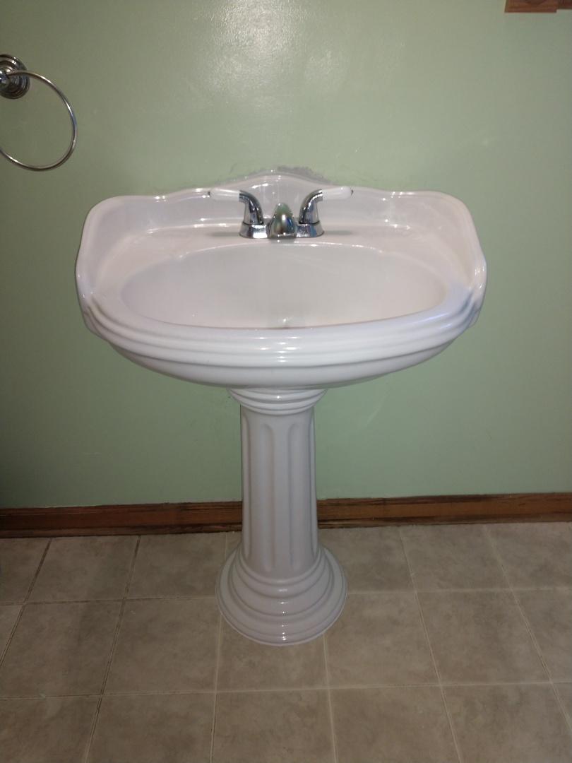 Memphis, MI - Pedestal sink repair