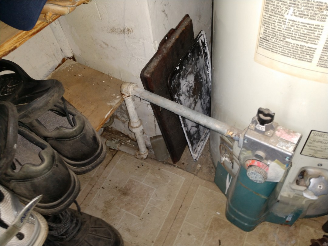 Kimball, MI - Water heater leak mobile home