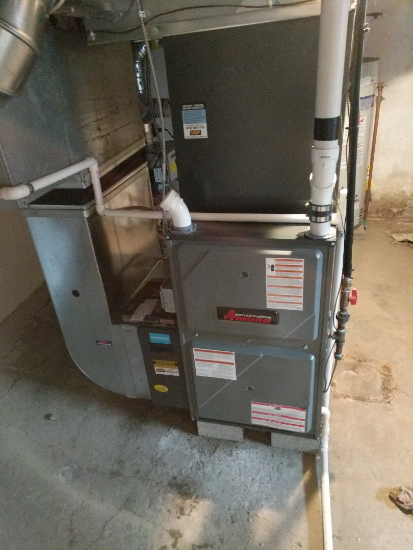 Saint Clair, MI - Cleaned air distribution system on furnace.