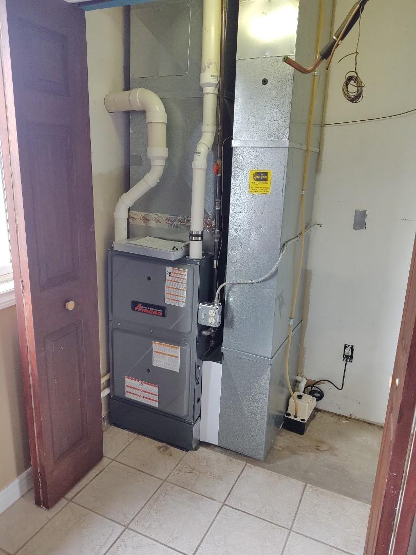 Marysville, MI - Installed new 80,000 BTU Amana furnace
