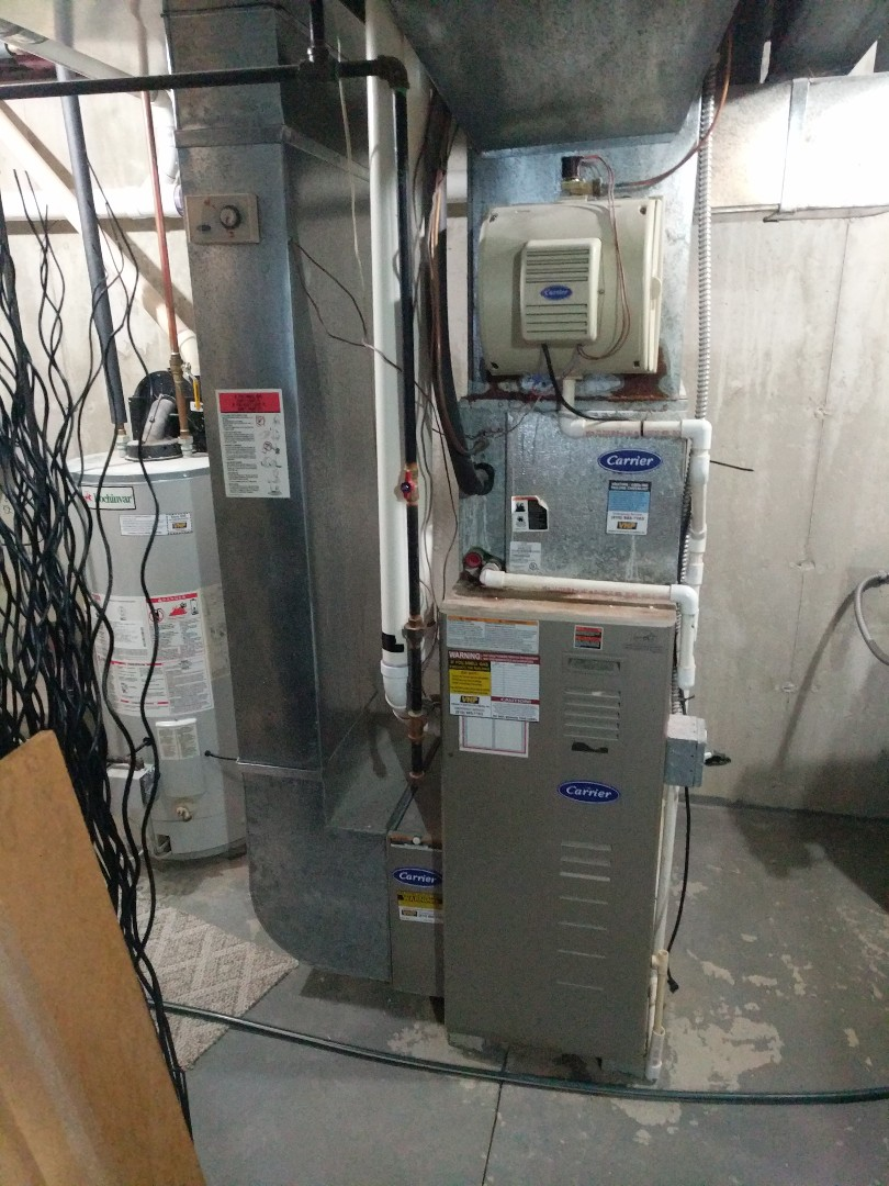 Fort Gratiot Township, MI - Carrier furnace tune up, and safety check.