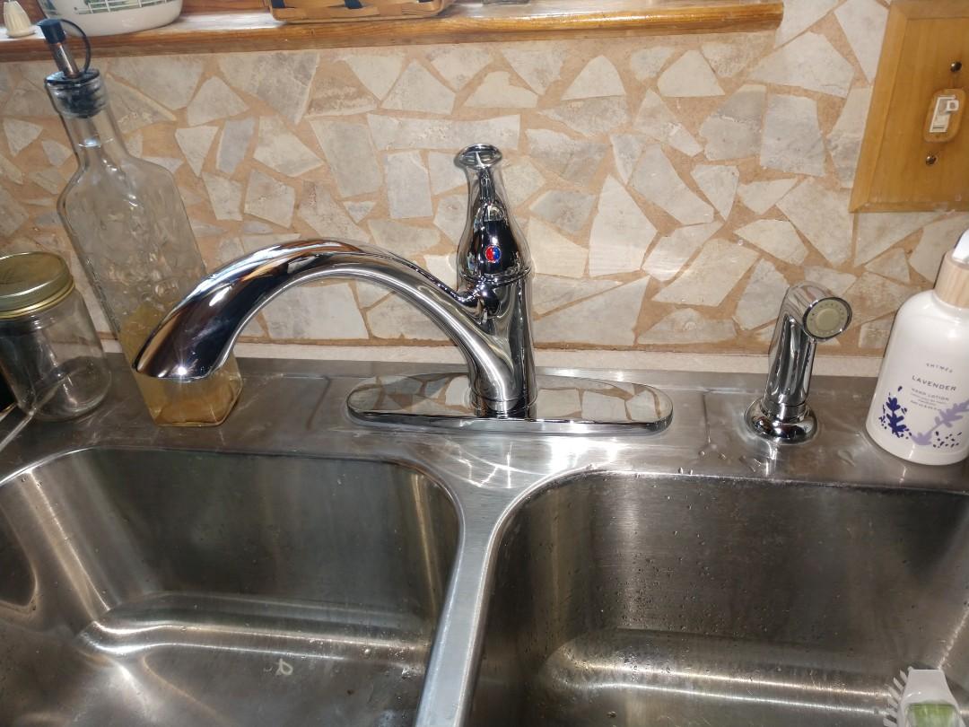 Lexington, MI - Kitchen faucet replacement