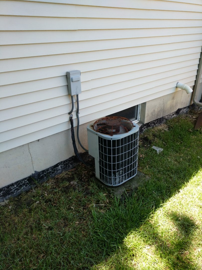 Marysville, MI - Carrier AC clean and check charge.