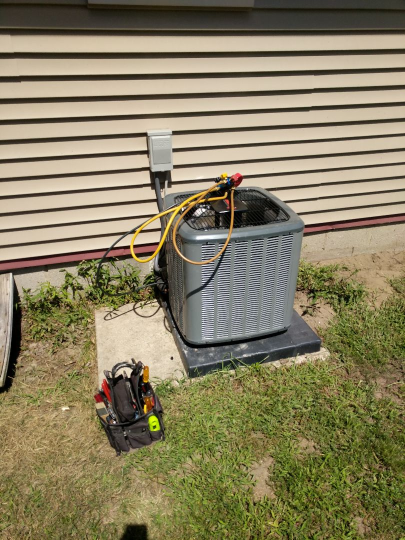 Saint Clair, MI - Final review of new furnace and AC.