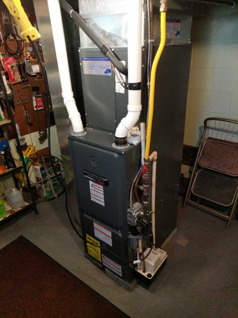 Smiths Creek, MI - Amana furnace tune up and repair.