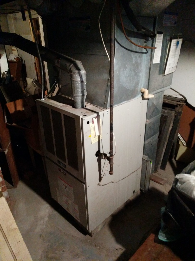 Saint Clair, MI - Comfortmaker furnace fall check.