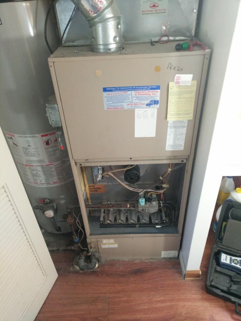 Algonac, MI - York furnace tune up.