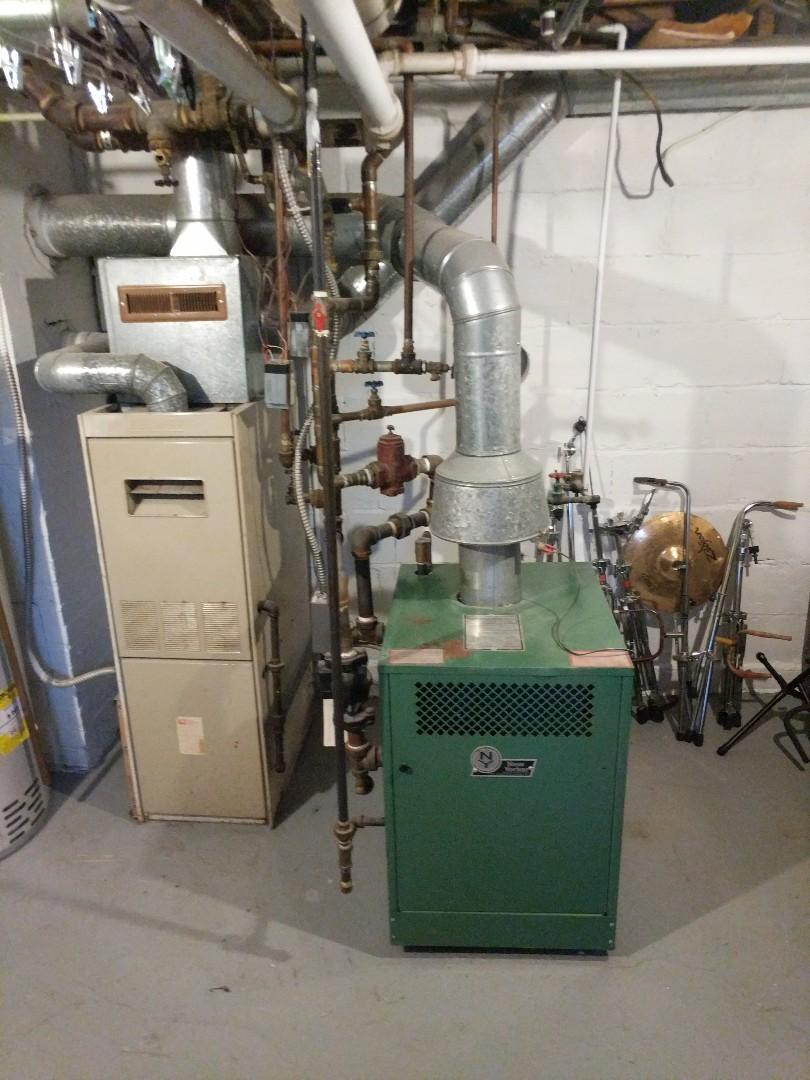 Saint Clair, MI - New Yorker boiler maintenance.
