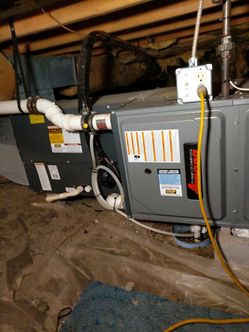 Kimball, MI - Amana furnace tune up in crawlspace.