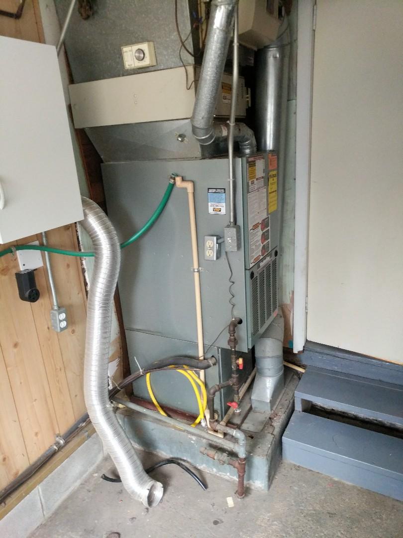 Smiths Creek, MI - Replace Weather King furnace.