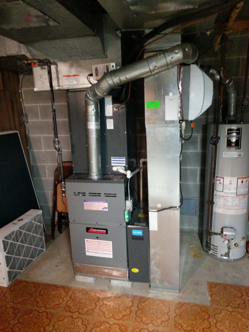 Smiths Creek, MI - Amana furnace clean and check.
