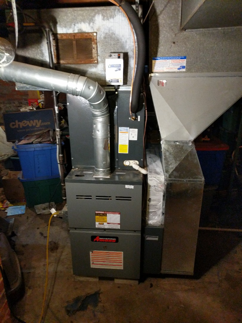 Saint Clair, MI - Furnace tune up with filter replacement.