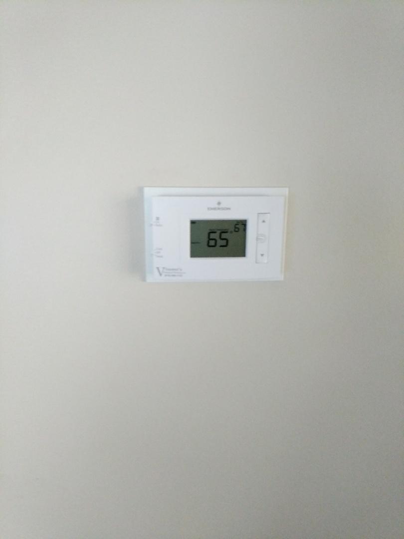 Saint Clair, MI - Replace thermostat.