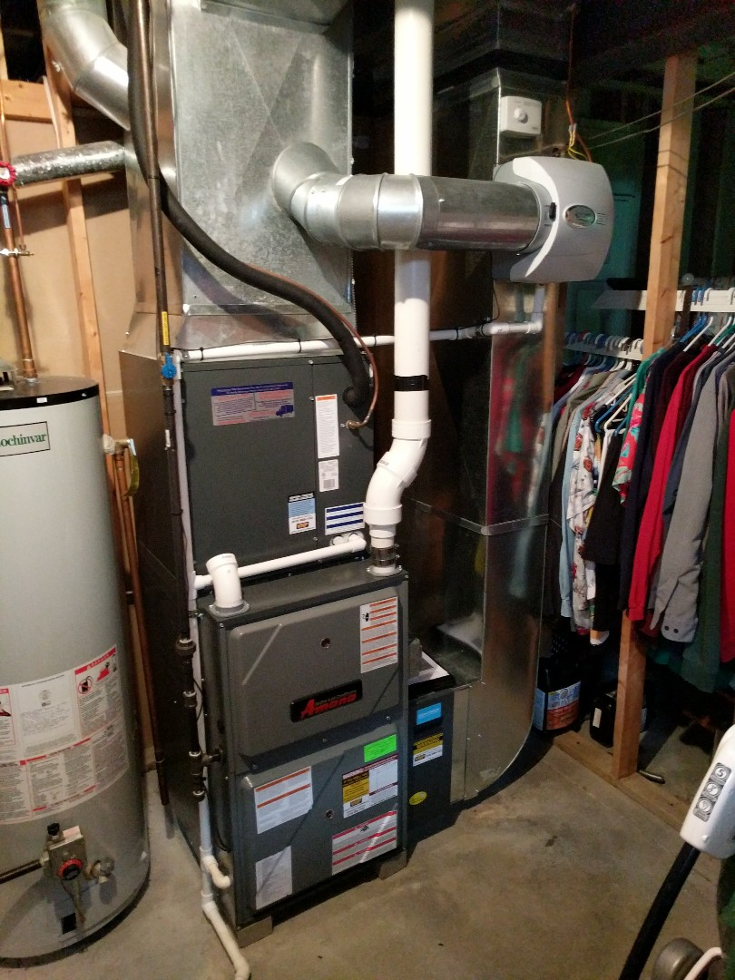 Saint Clair, MI - Amana furnace tune up and filter change.