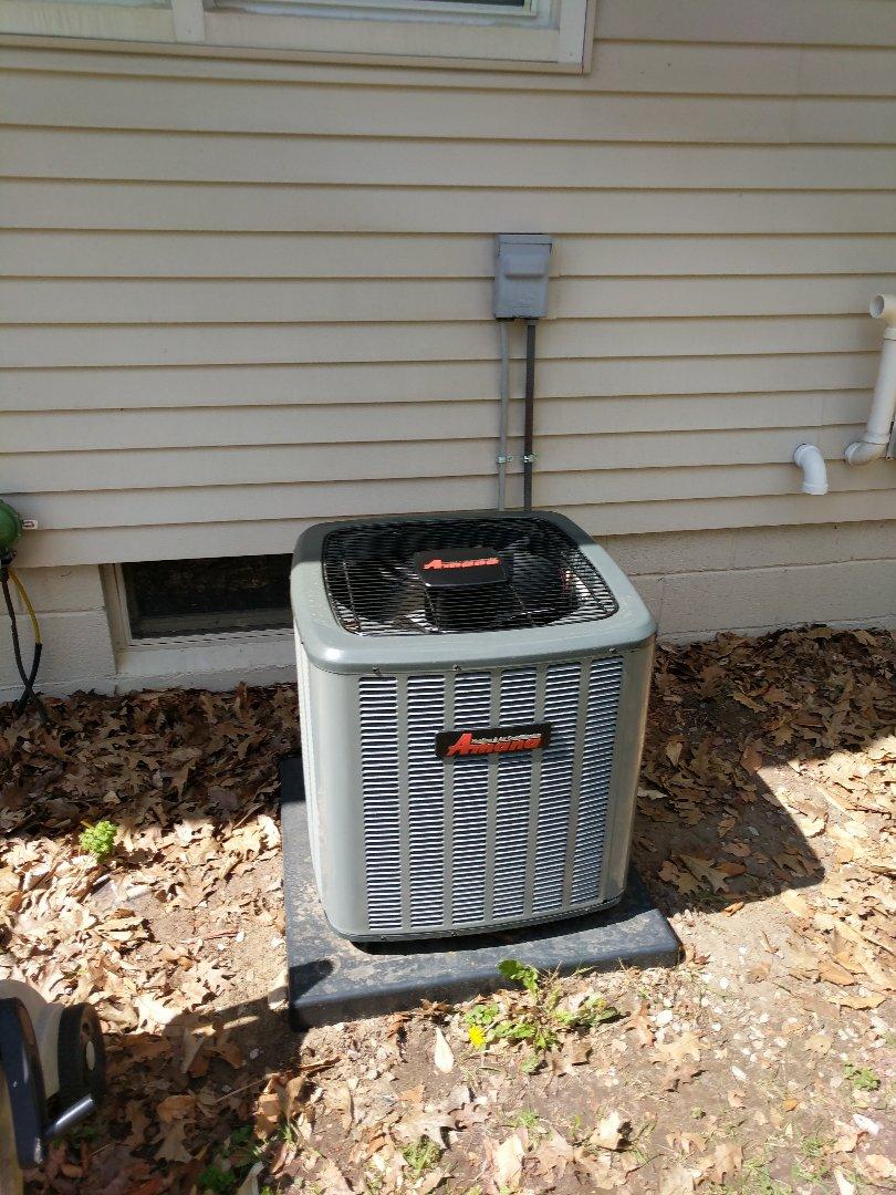 Smiths Creek, MI - New Amana AC installed.