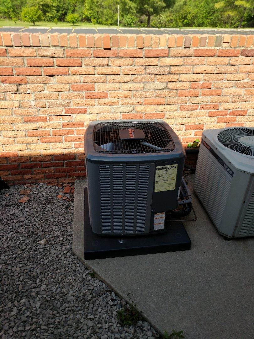 Marysville, MI - Check charge on AC.