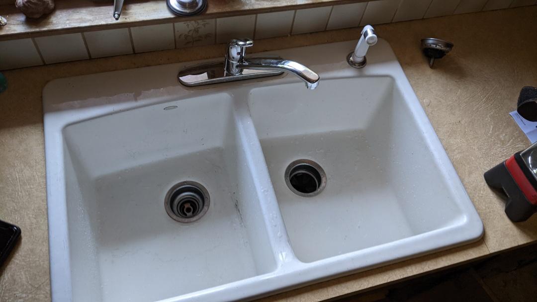 Marysville, MI - Kitchen faucet repair