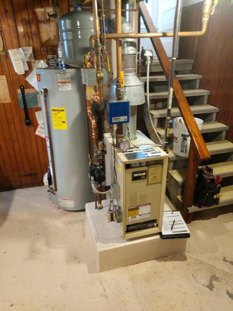 Saint Clair, MI - Weil Mclain boiler clean and check.
