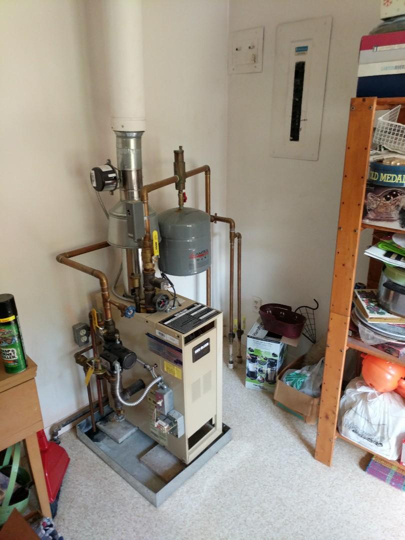 Smiths Creek, MI - Repair Weil Mclain boiler.