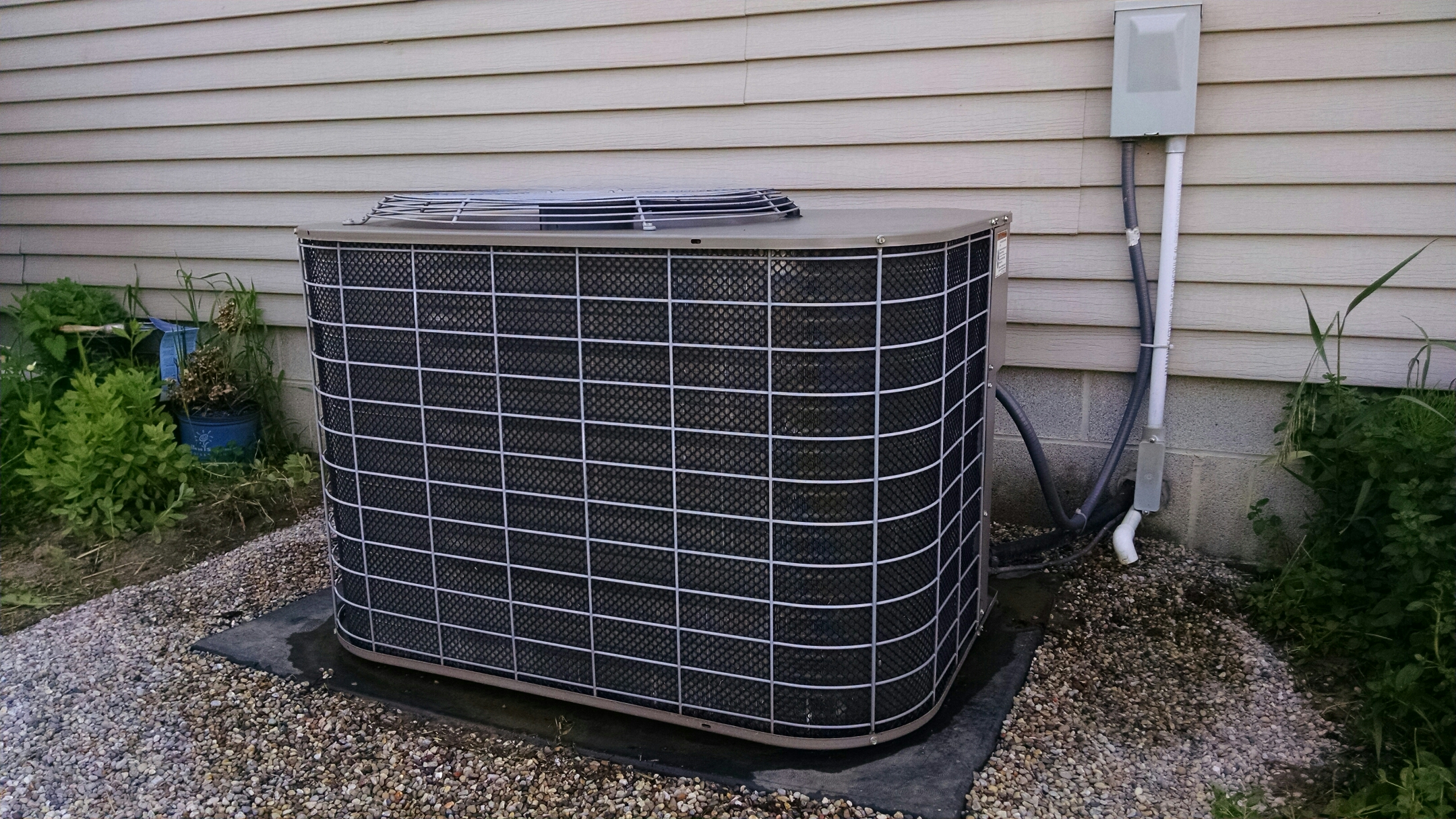 Avoca, MI - Check charge on Coleman air conditioner.