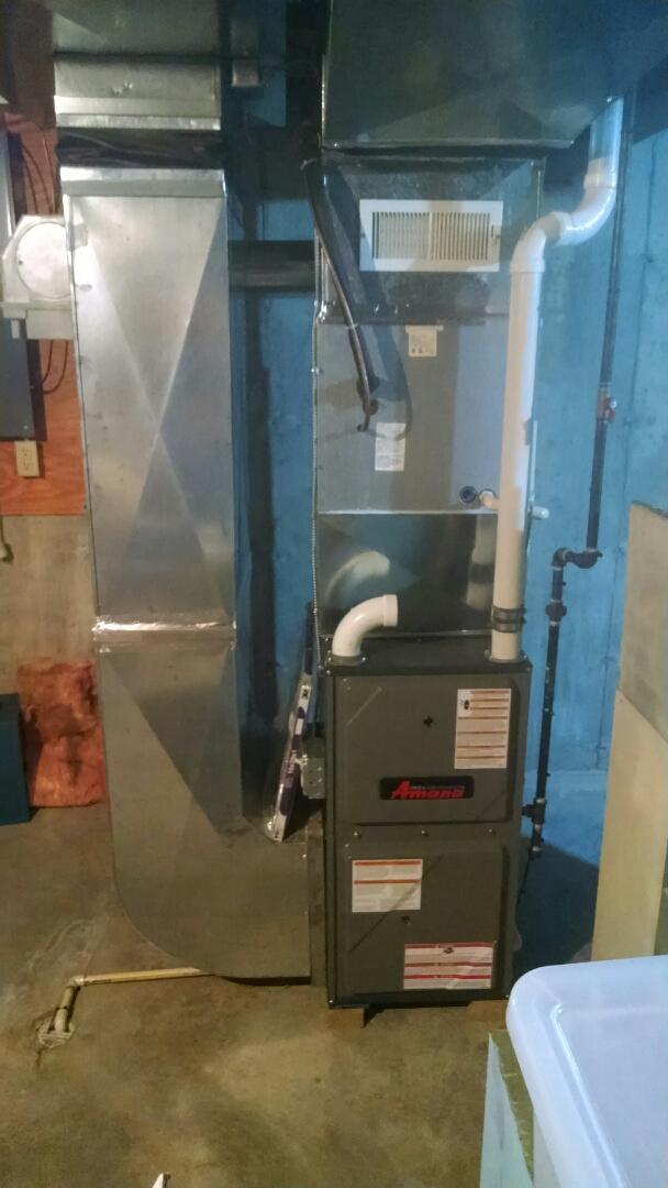 Saint Clair, MI - Installation of  an Amana furnace
