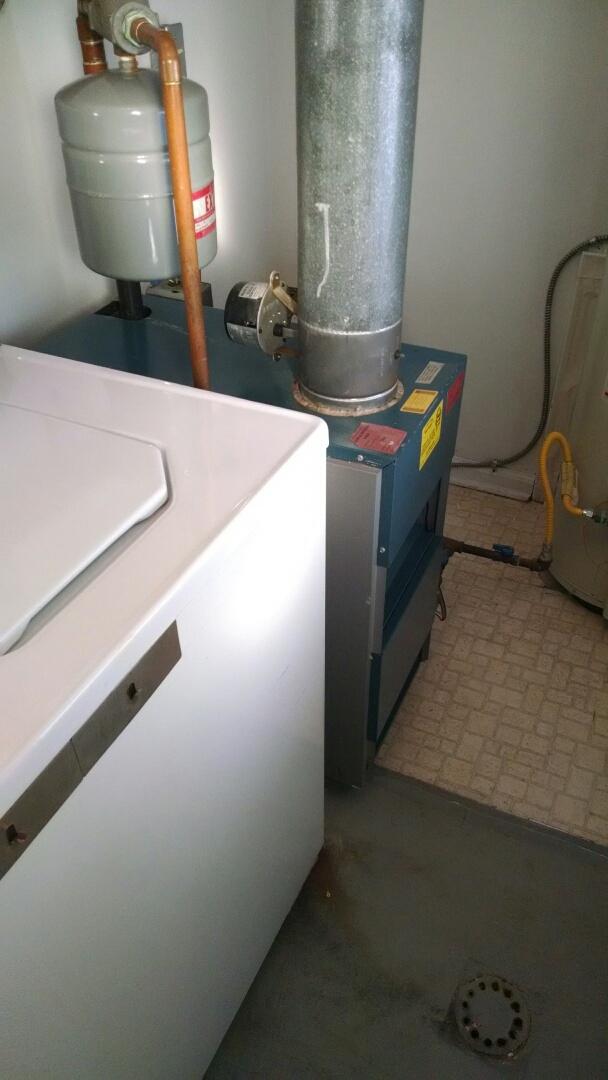 Marine City, MI - Repair Utica boiler.