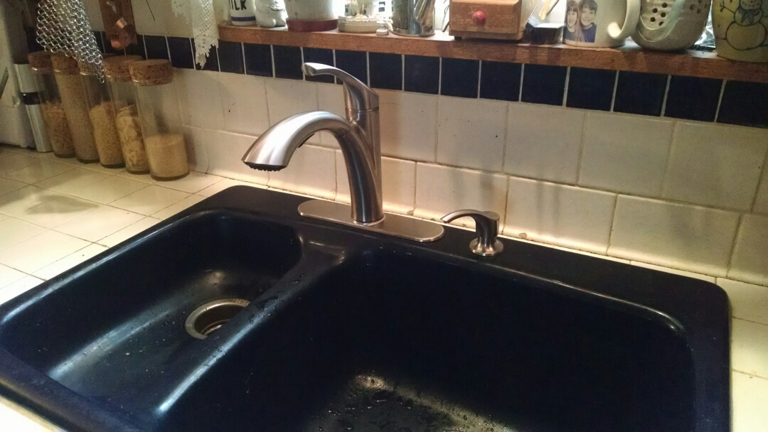 Yale, MI - Replace kitchen faucet