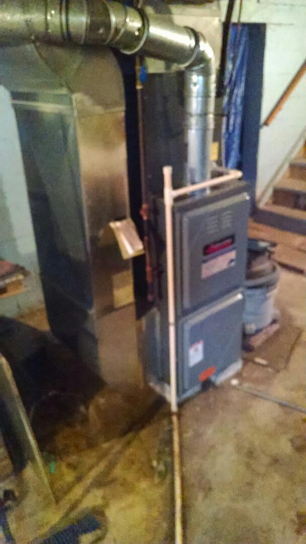 Capac, MI - Repair Amana furnace.