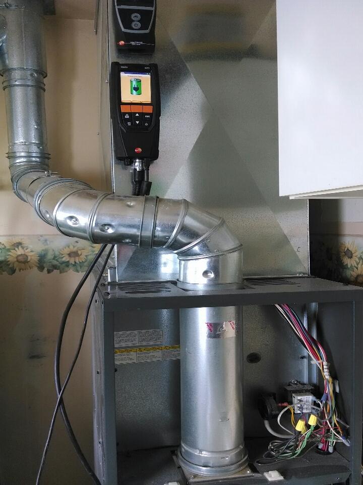 Memphis, MI - tune up on Goodman 80% furnace.