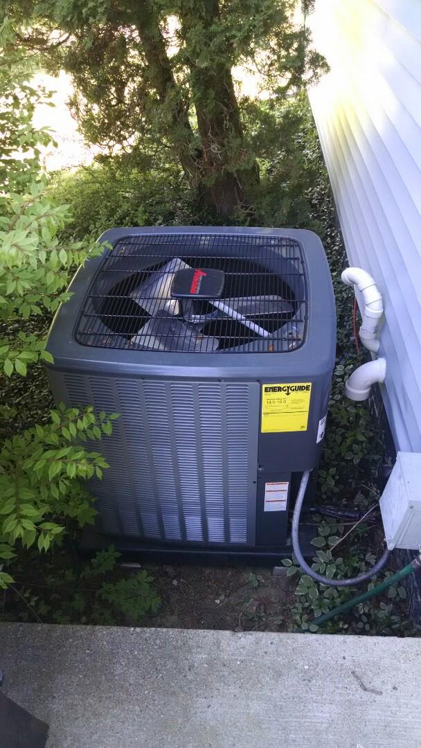 Yale, MI - Install new AC.