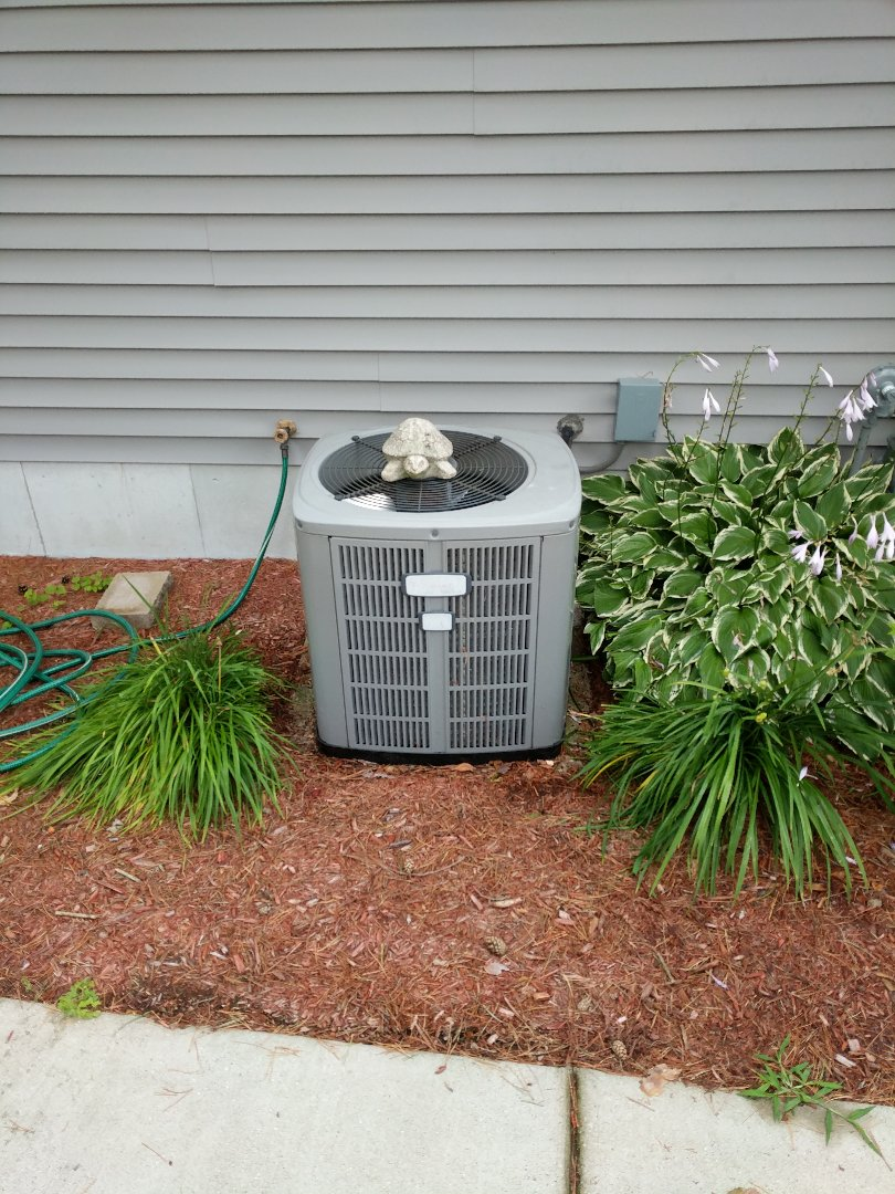 Marine City, MI - 12 year old AC with preventive maintenance.