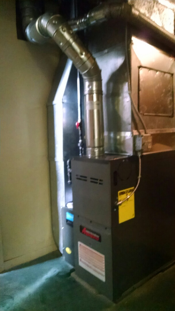 Croswell, MI - Installation of an Amana furnace