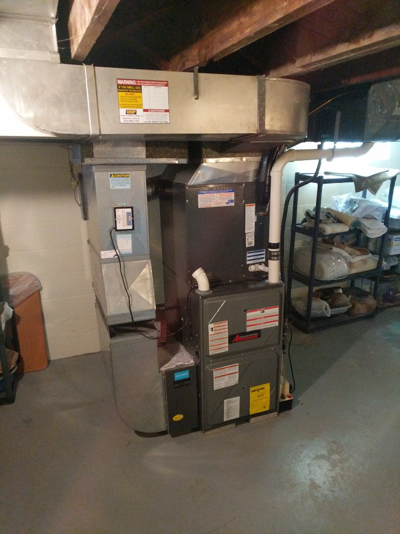 Saint Clair, MI - Amana furnace and Aprilaire humidifier clean and check.