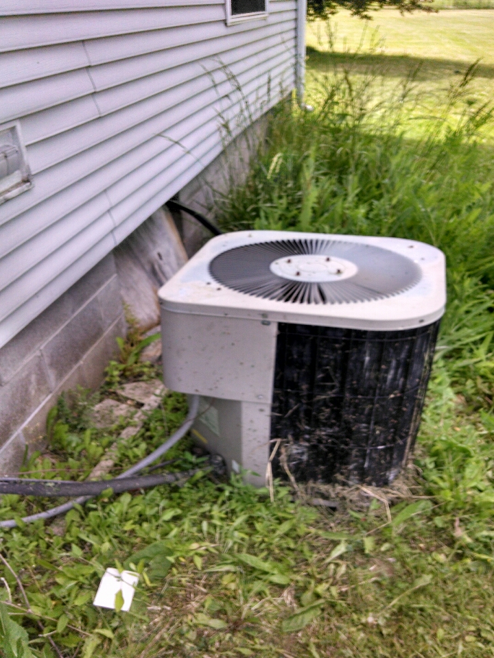 Avoca, MI - air conditioning call.