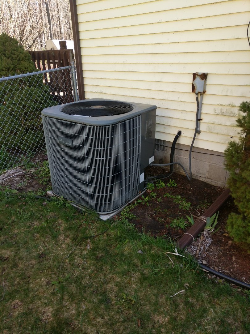 Marysville, MI - Spring clean and check on AC system.