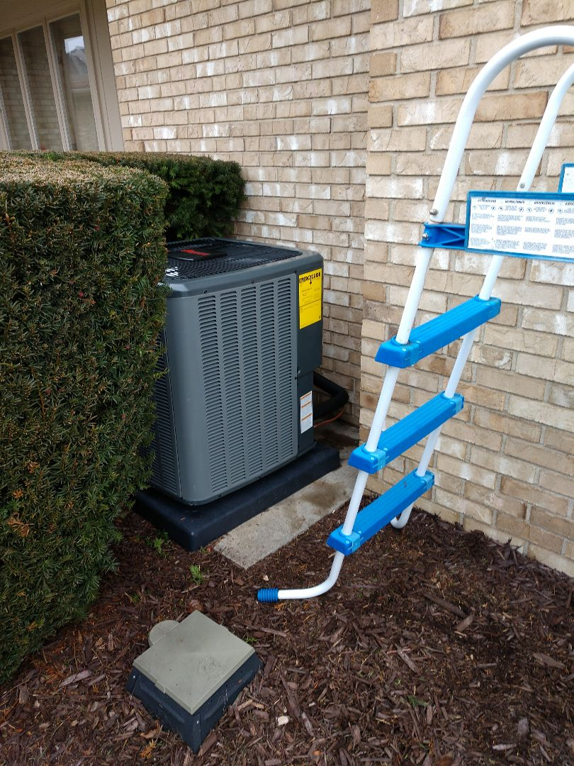 Saint Clair, MI - Installation of an Amana furnace and air conditioning