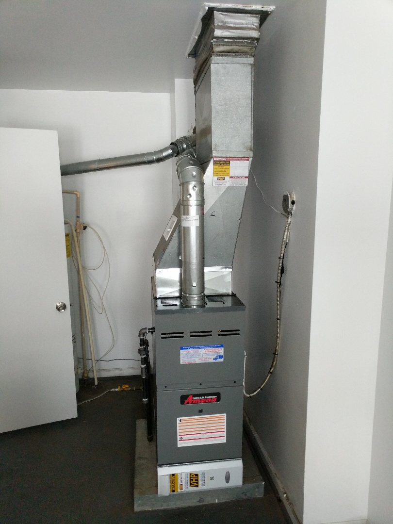 Yale, MI - Installation of new Amana furnace.