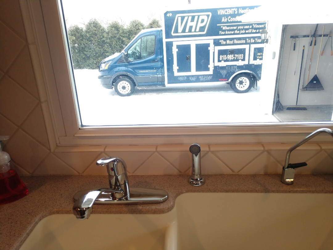 Marine City, MI - Kitchen faucet replacement
