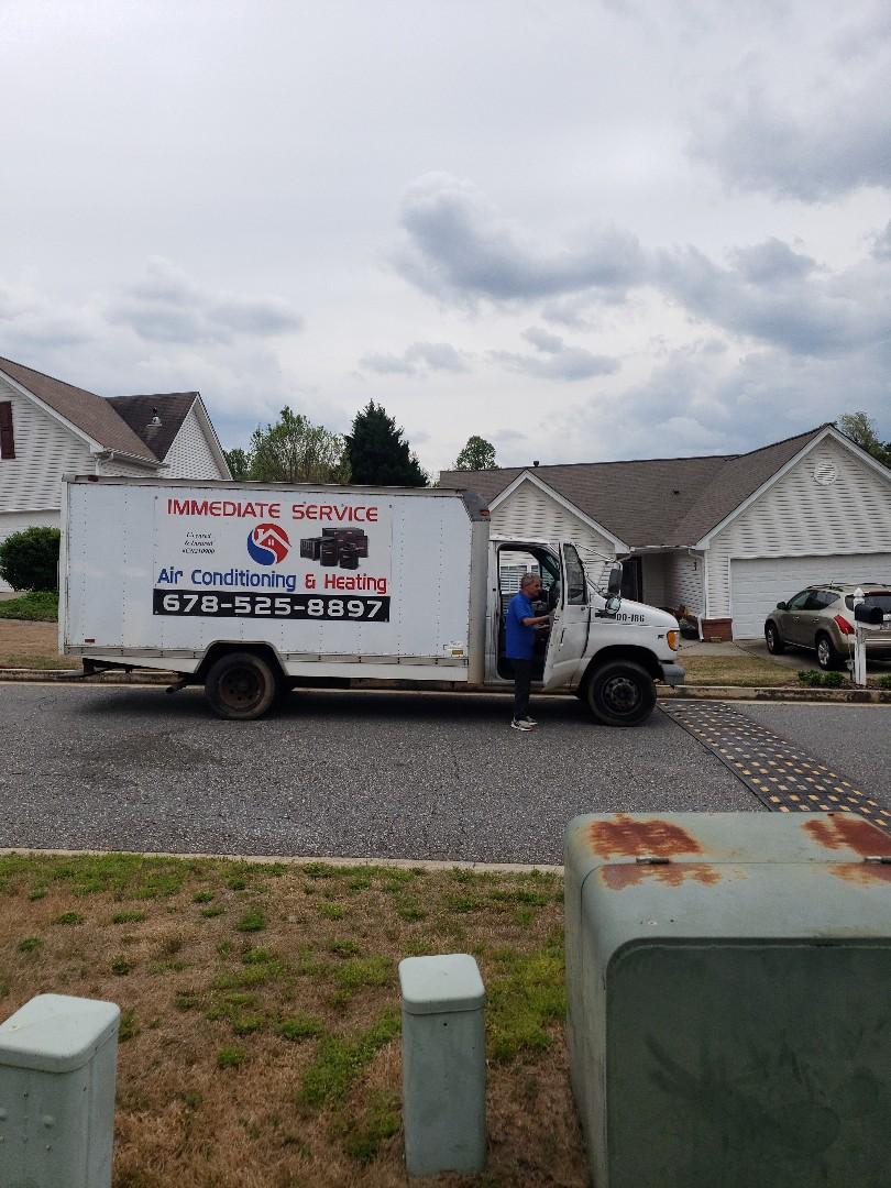 Dawsonville, GA - System tune up, add freon, new thermostat.
