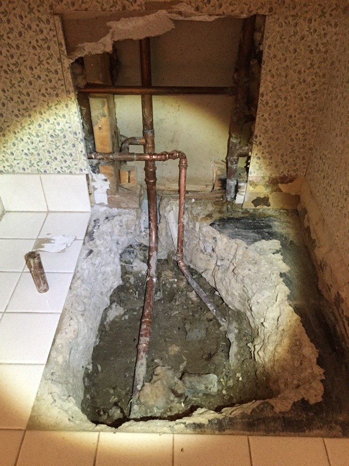 Glenview, IL - Water line repair