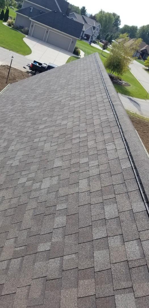 Pewaukee, WI - Shingle roof installation  Install shingles  Install asphalt shingles  Asphalt roof installation  Pewaukee wi  Gellings roofing and siding LLC