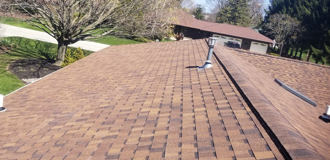 Cleveland, WI - Atlas Storm Master shake shingle installation   Roof install  Chestnut atlas shingle  Cleveland Wisconsin