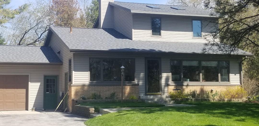 Sheboygan, WI - Atlas Pinnacle pristine  Reroof house  Roof installation  Shingle tear and reshingle  Reroofnhouse sheboygan Wisconsin