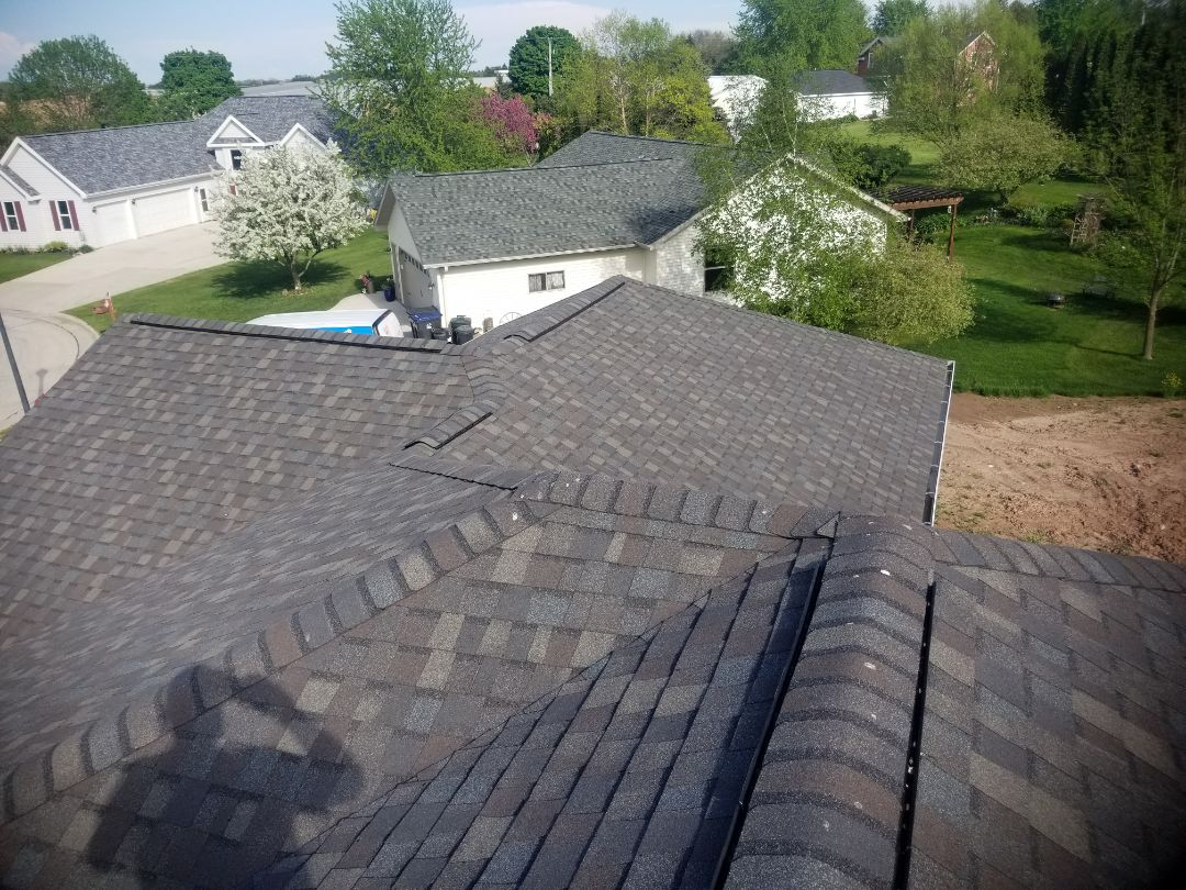 Cleveland, WI - Roof replacement Cleveland wi  Roofing installation kiel ,cleveland wi