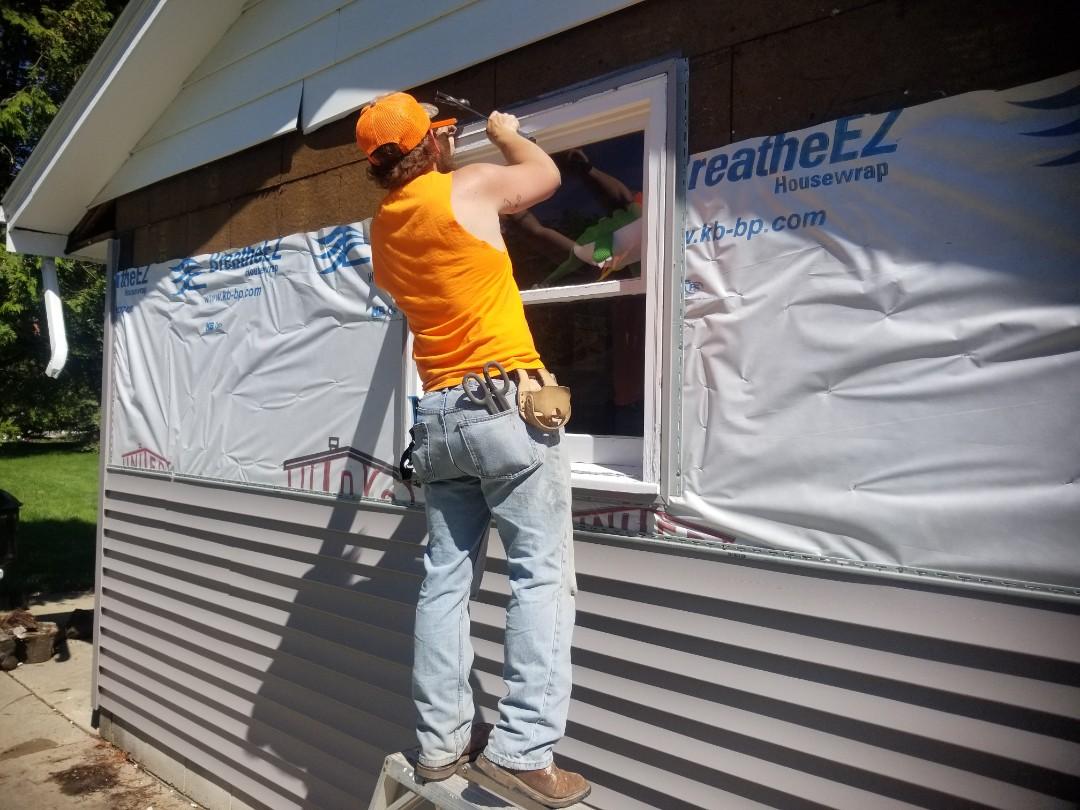 Fredonia, WI - Siding installation  Certainteed Monogram siding  Remove and replace vinyl siding