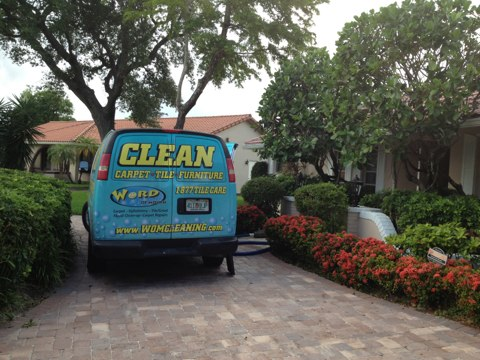 Plantation, FL - cleaned 4 room of carpet and wool rug