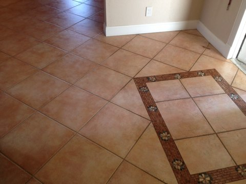 Davie, FL - we cleaned 1300sq feet of tile and grout, made it look new again