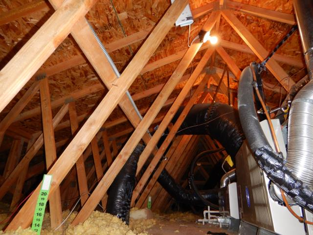 Nothing to call out in this beautiful homes attic space. However, here are some of the most common issues we call out are: stains in the roof sheathing, rodent droppings, disconnected or damaged ducts, insulation installed incorrectly, poorly installed wiring and open junction boxes, HVAC issues. Please call us today to have your attic space inspected. 760-525-5340