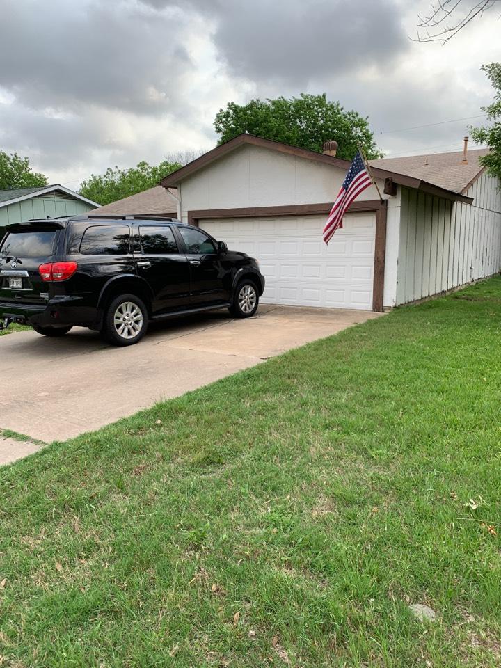 Round Rock, TX - Found hail damage - complete roof