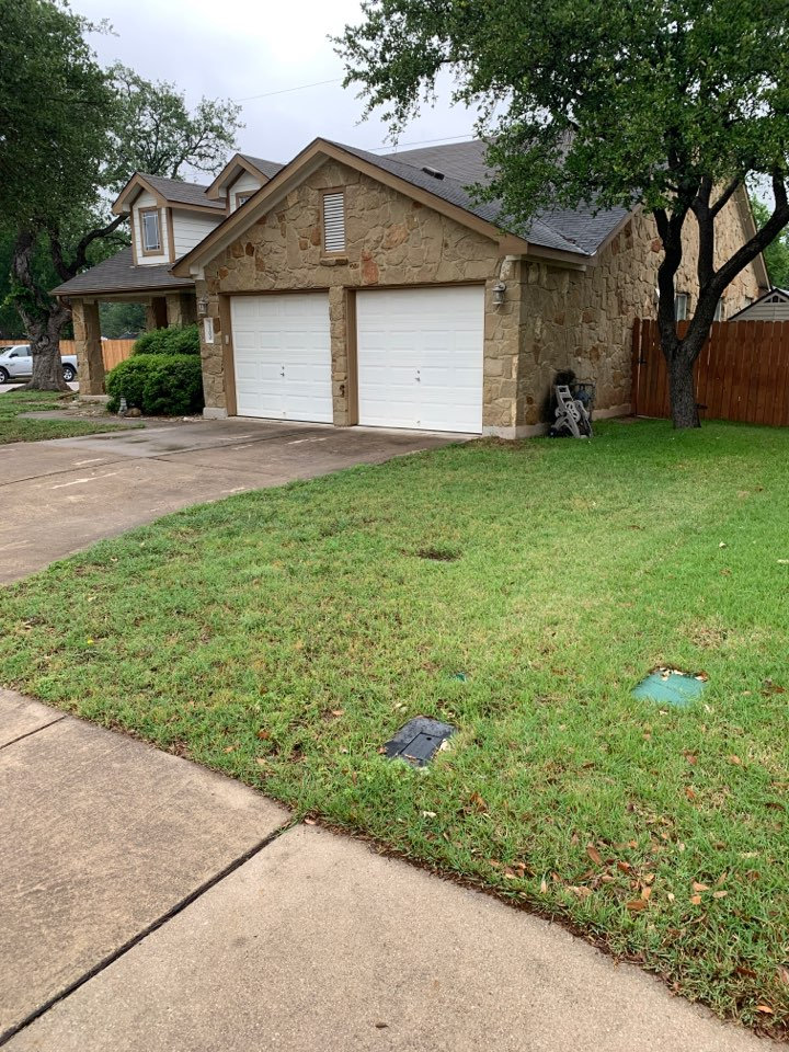 Leander, TX - Hail damage inspection and estimate